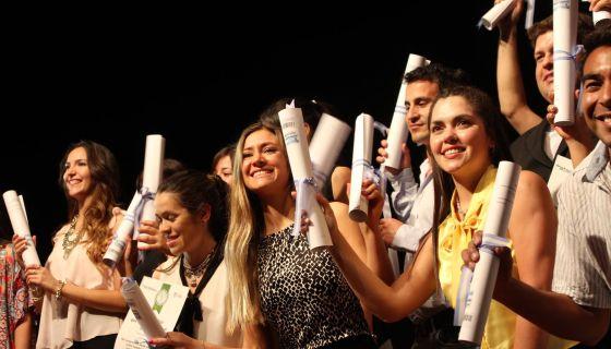 Nuevos profesionales recibirán sus diplomas en Merlo, Villa Mercedes y San Luis