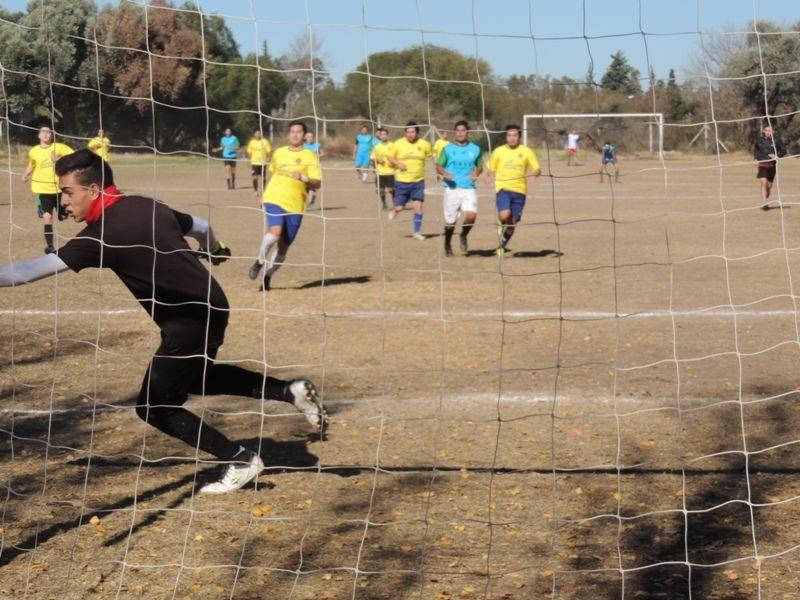 Avanza el campeonato de la Liga interna universitaria de Fútbol11