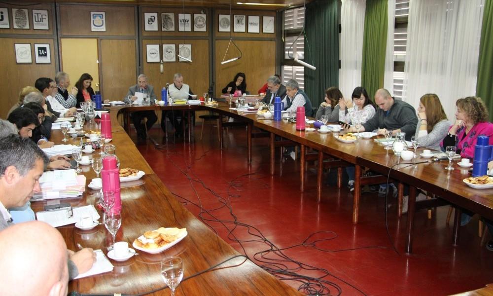 El Consejo Superior dispuso la extensión de regularidades y el levantamiento de correlativas