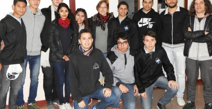Alumnos de la secundaria practicaron en la UNSL con kits arduino