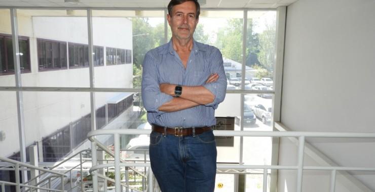 """Dr. Julio Benegas: """"La física argentina es la más destacada de América Latina"""""""