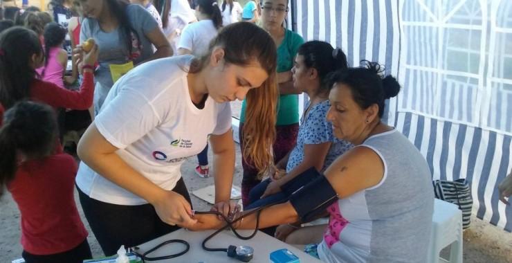 Realizaron la II Feria de la Salud en el Barrio 200 Viviendas