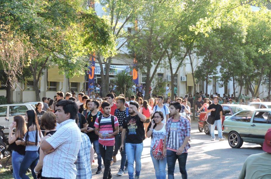 Las facultades de Villa Mercedes reciben a los ingresantes 2018