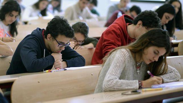 Capacitación para docentes del ingreso y primeros años de carreras