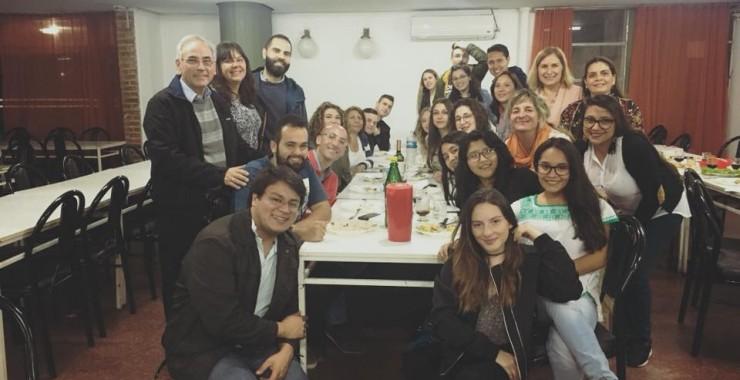 Alumnos de intercambio compartieron una cena internacional