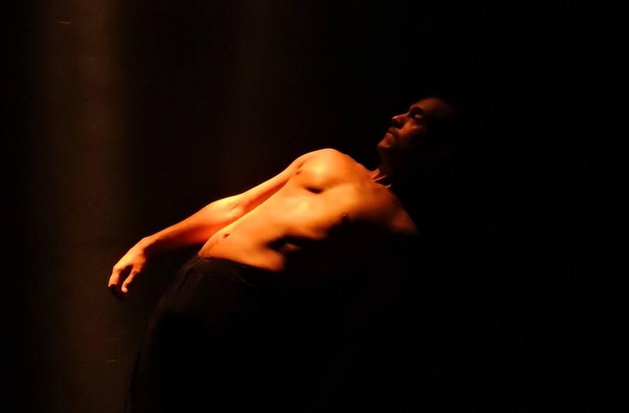 """Teatro y danza """"En tus Ojos"""""""