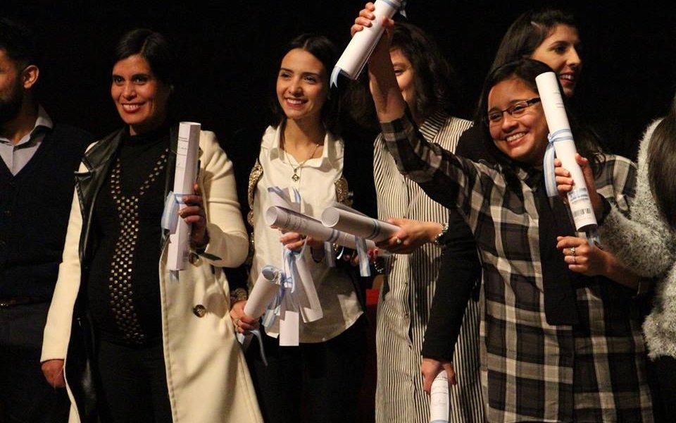 Profesionales de Salud, Psicología e IPAU recibieron sus diplomas