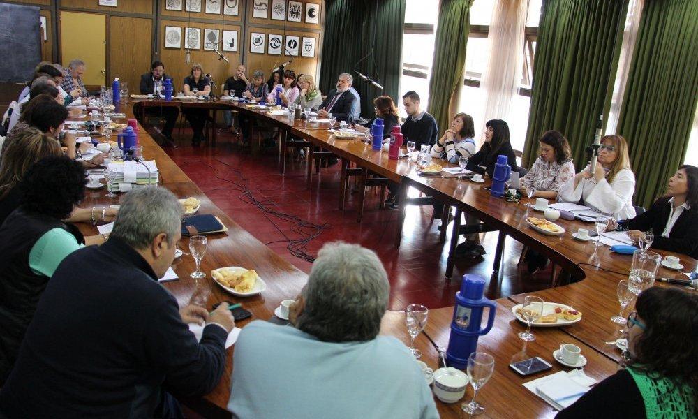 Declaración del Consejo Superior sobre supresión de Ministerios Nacionales