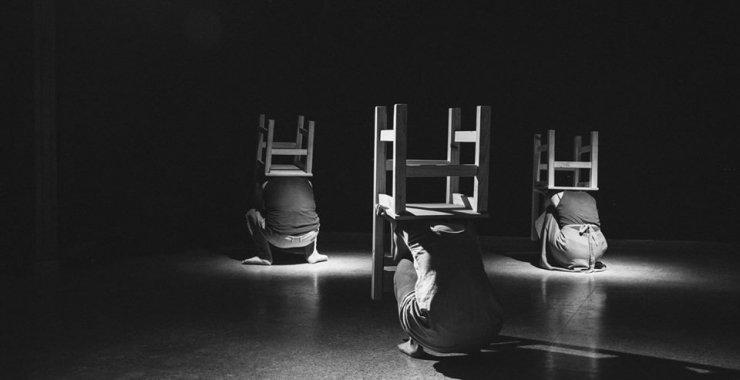 La Escuela va al Teatro con Serenata en Llantos