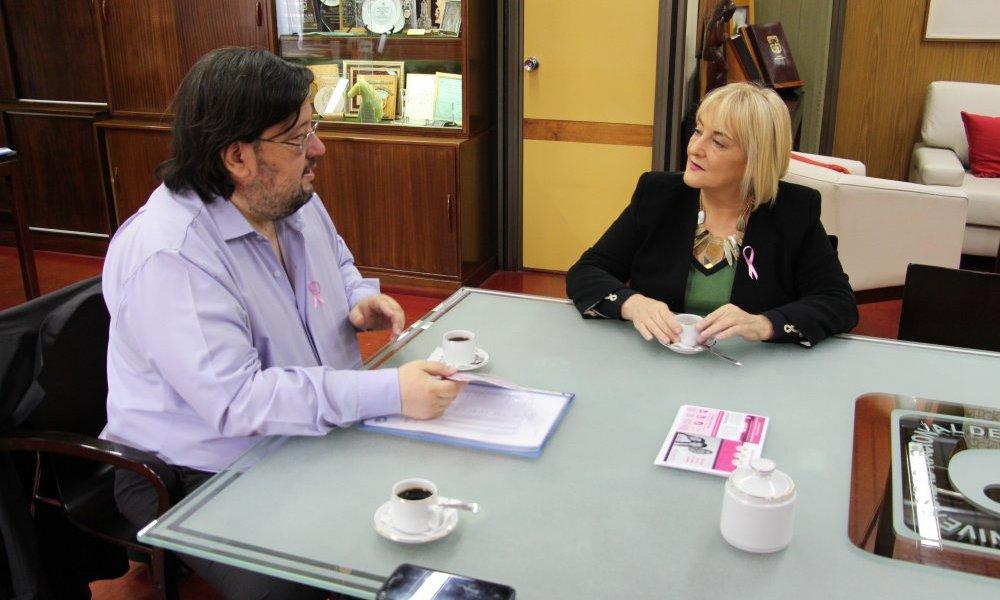 El Rector y la diputada Ivana Bianchi dialogaron sobre el presupuesto universitario