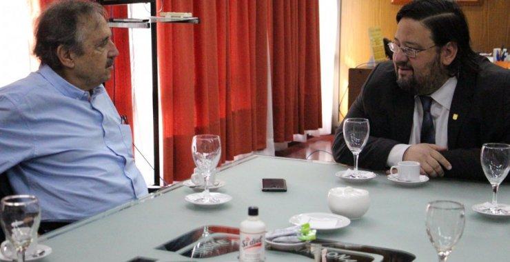 Presupuesto, ciencia y tecnología ejes del diálogo entre el Rector y Alfonsín
