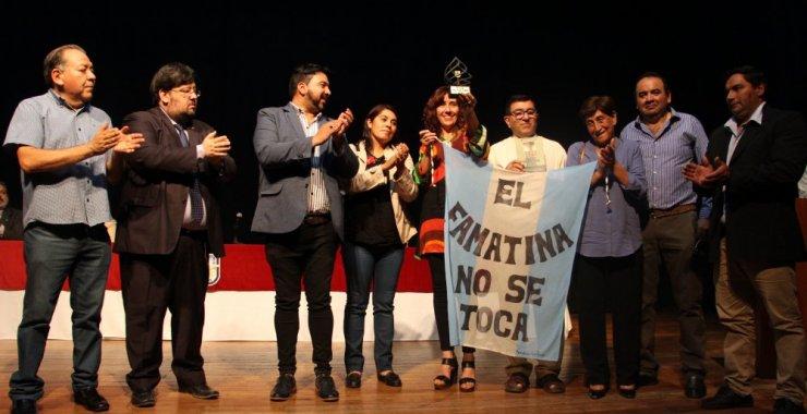 El premio por los Derechos Humanos lo alzó el Pueblo de Famatina