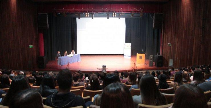 Debatieron y reflexionaron por una cobertura universal de salud inclusiva