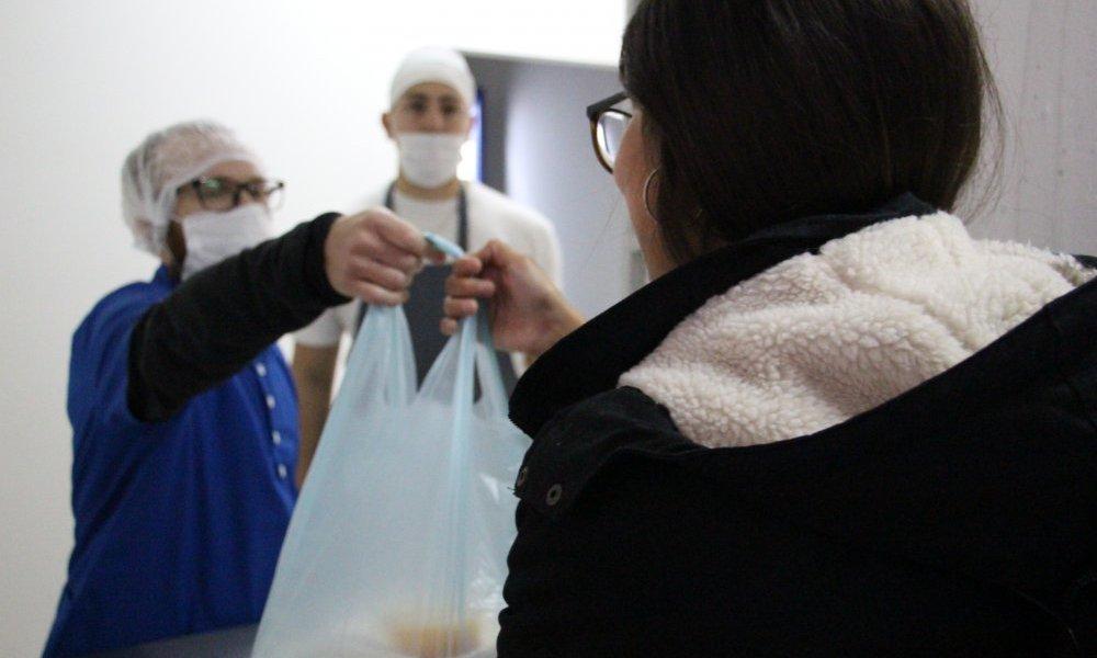 Reabre el Comedor Universitario y la cocina de celíacos con la entrega de viandas