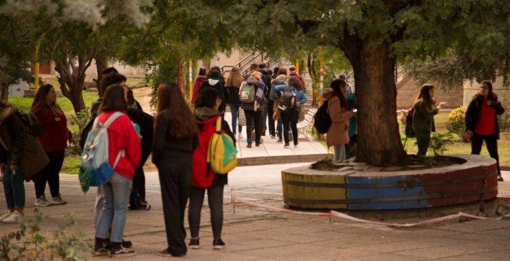 Asueto académico por el Día del Estudiante