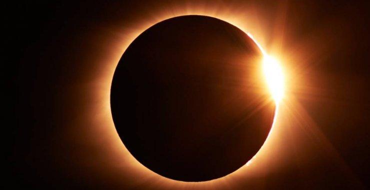 Disertarán sobre el eclipse de sol del 2 de julio