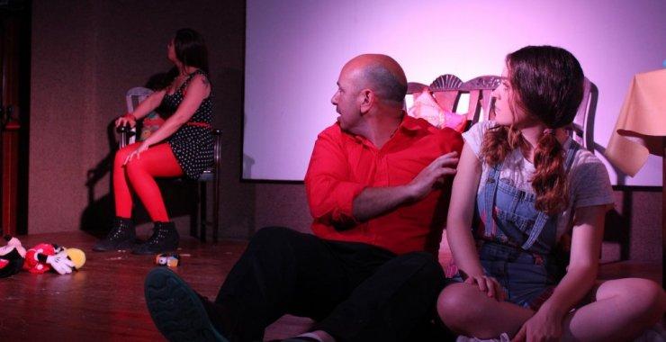 Prórroga para las jornadas de teatro comparado e investigación teatral