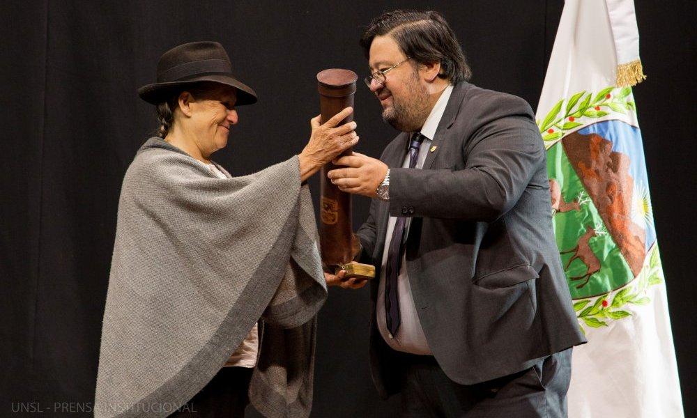 Silvia Rivera Cusicanqui recibió el doctorado por causas de honor