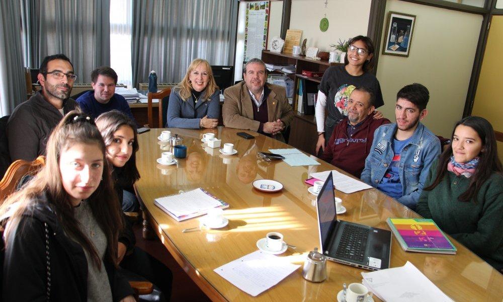 La UNSL asesoró a la Escuela Chile sobre alimentos transgénicos