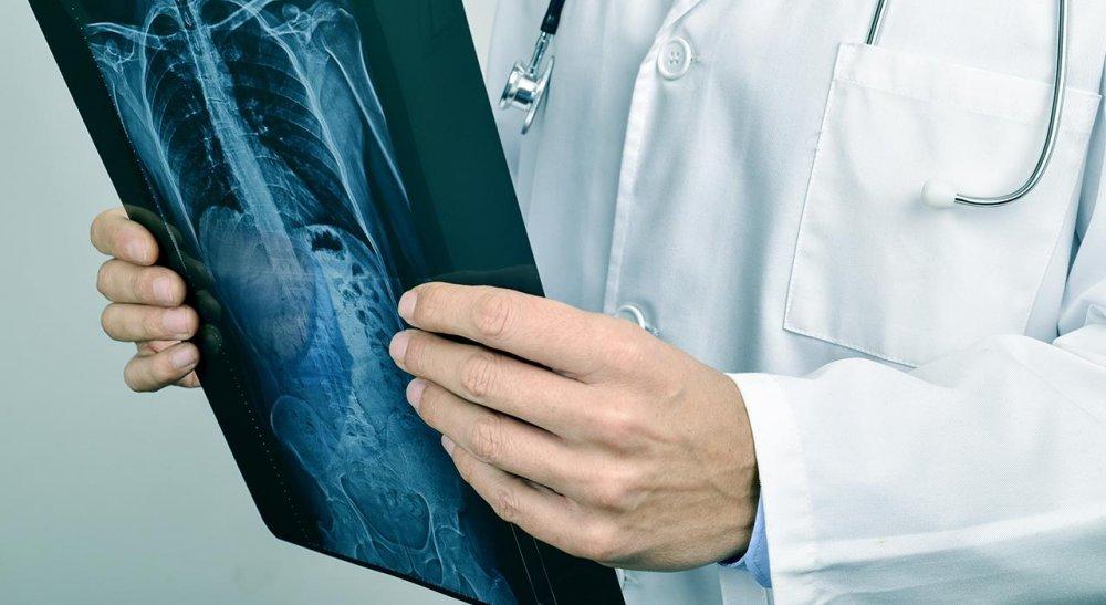 Convocan a médicos con especialidad en diagnóstico por imágenes