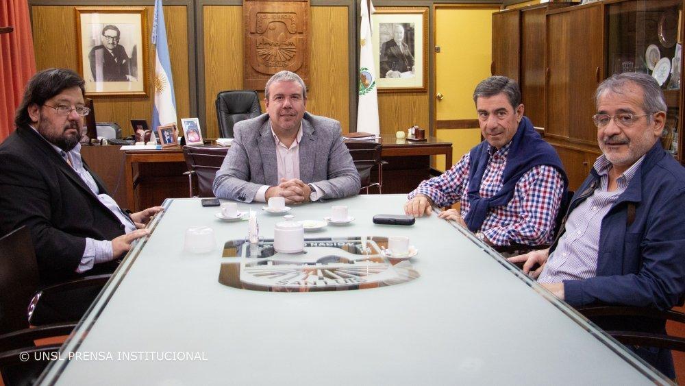 Vínculos entre la Universidad y el Municipio de Tilisarao