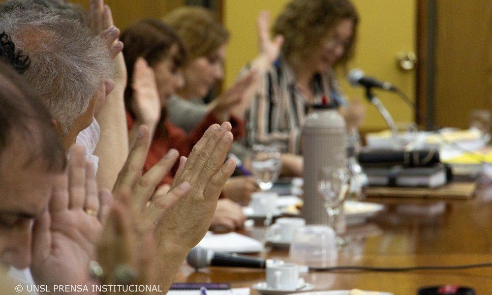 Seguí en vivo una nueva sesión del Consejo Superior
