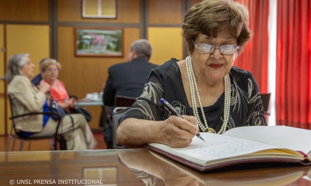 María Martínez de Canfaila distinguida por su labor en los derechos humanos