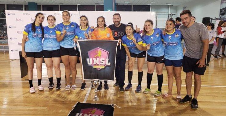 El handball universitario sigue sumando logros
