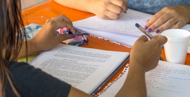 Tres facultades prorrogan las preinscripciones online