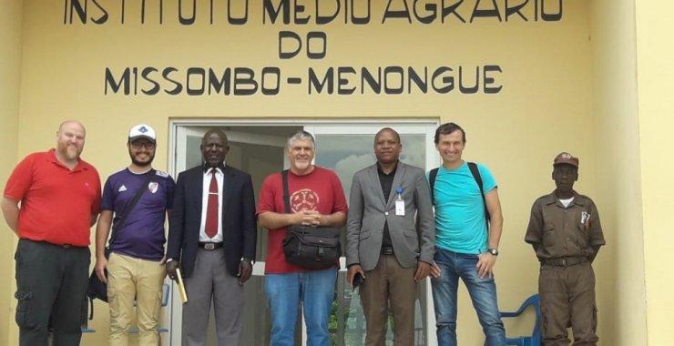 La UNSL instala un laboratorio en la República de Angola