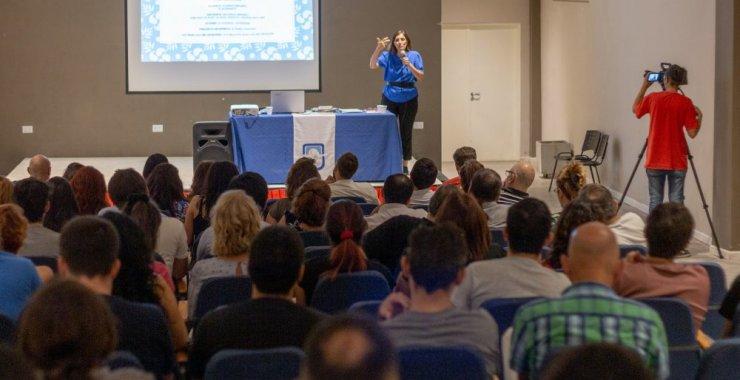Cynthia Ottaviano capacitó en San Luis sobre lenguaje no sexista e inclusivo
