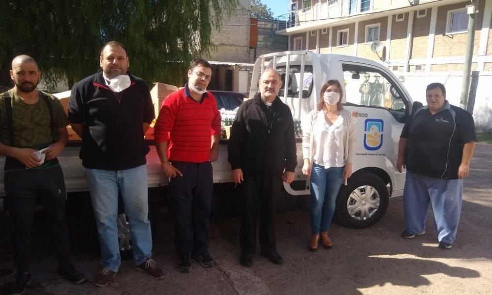 La UNSL donó alimentos a un comedor de Cáritas