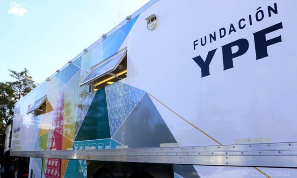 Estudiantes de la UNSL becados por la Fundación YPF