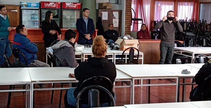 Última capacitación del personal antes de la apertura del Comedor Universitario