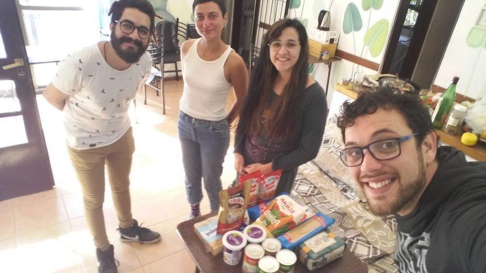 Semanalmente asisten a estudiantes de las residencias universitarias