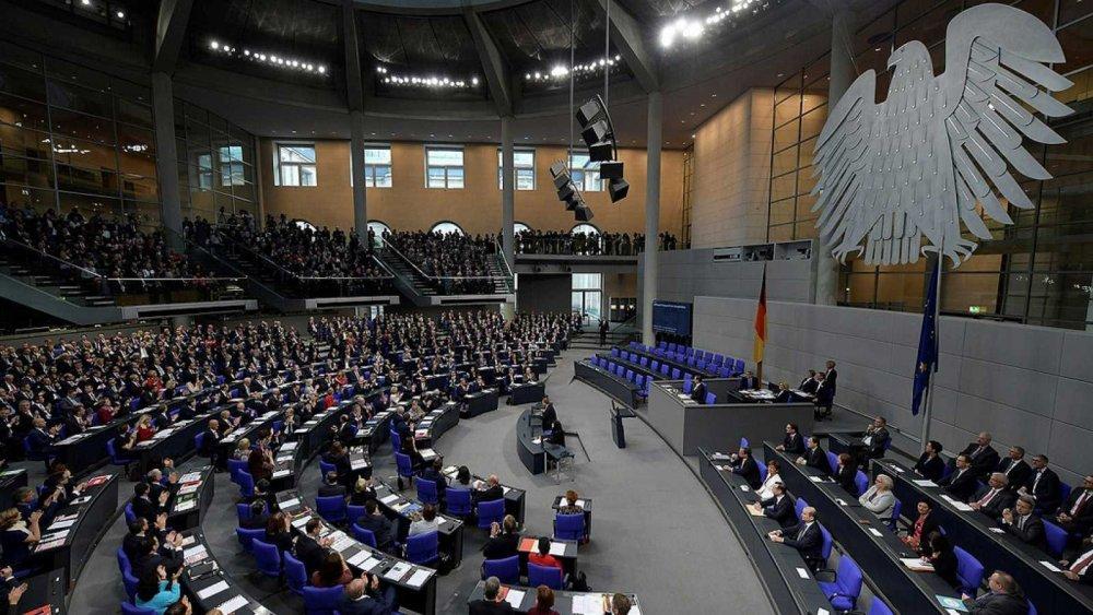 El Parlamento Alemán ofrece becas a egresados universitarios