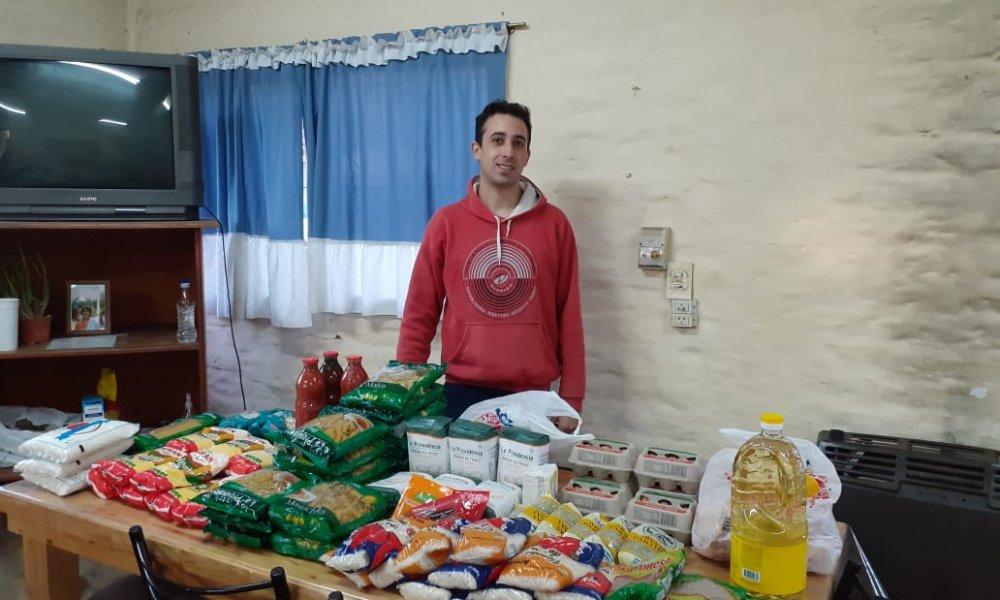 Continúa la entrega de alimentos a estudiantes de las residencias universitarias