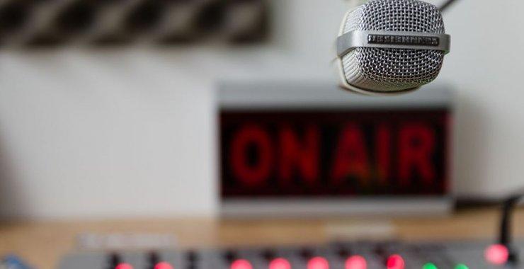 A 100 años de la radio