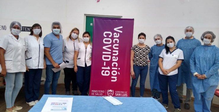 Voluntarios de la UNSL participaron en la Campaña de Vacunación contra el COVID-19