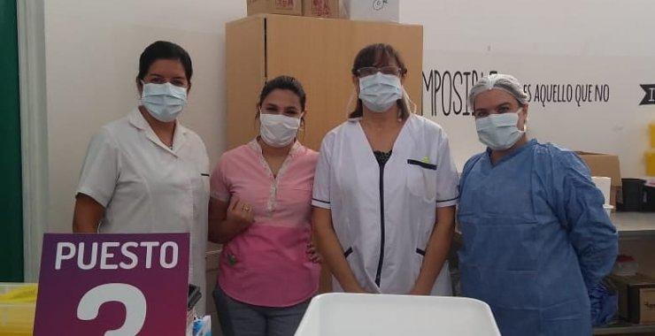 Mujeres de la UNSL al frente de la campaña de vacunación