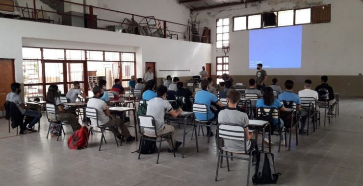 La UNSL implementa un sistema eólico en el paraje rural Guanaco del Morro