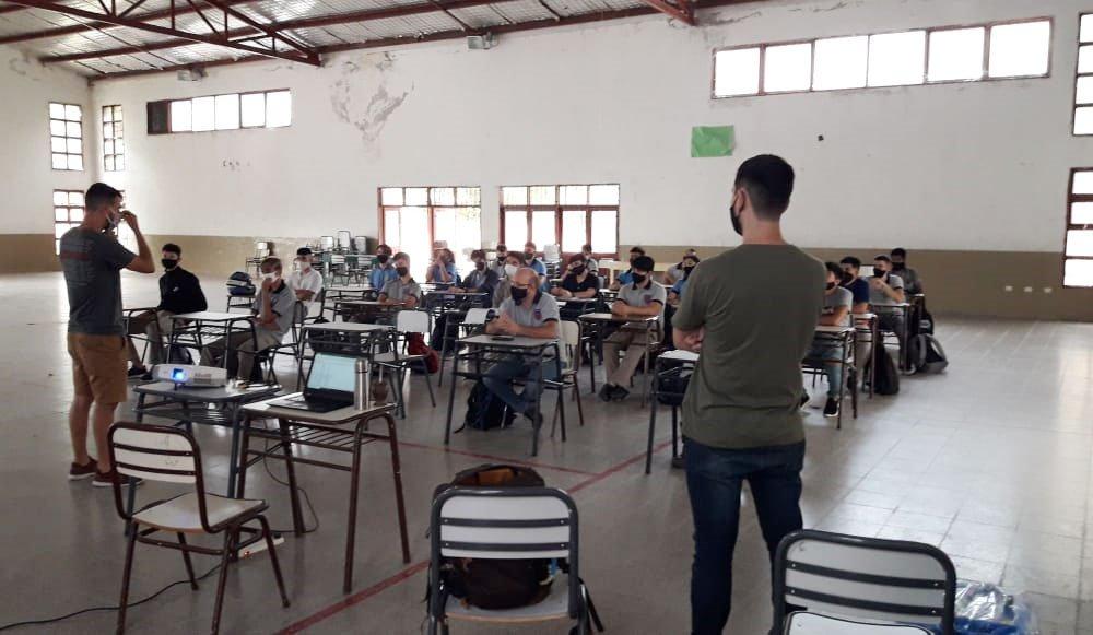 A través de energías renovables, la UNSL se acerca a las escuelas