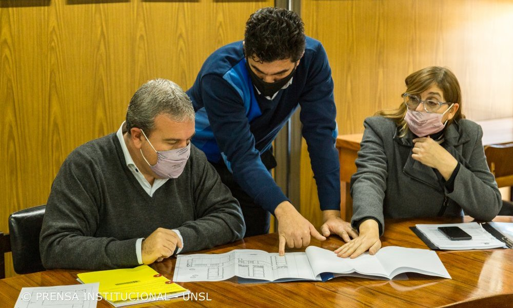 Se inicia el sueño del proyecto de un colegio técnico preuniversitario