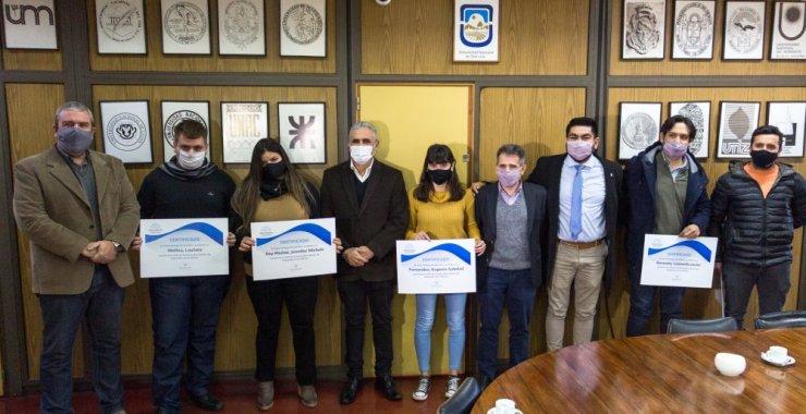 Estudiantes de la UNSL recibieron becas académicas de Nación