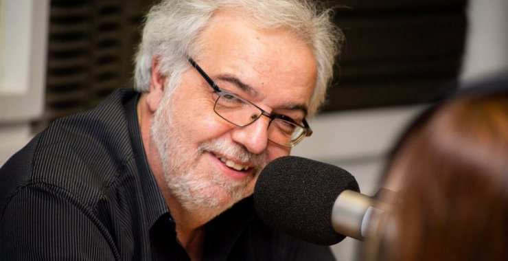 Eduardo Aliverti será protagonista de una charla abierta en la UNSL