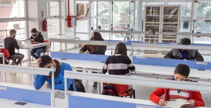 ¿Cómo se organiza la Biblioteca tras la habilitación de las salas de lectura?